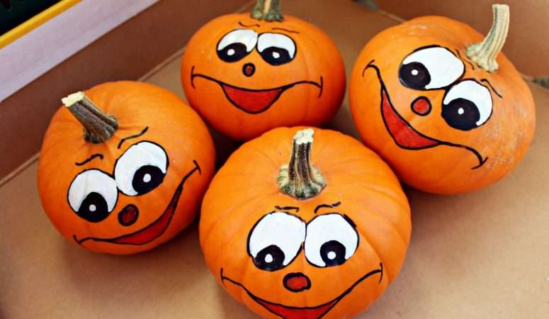 Easy Pumpkin Decorating With a Toddler