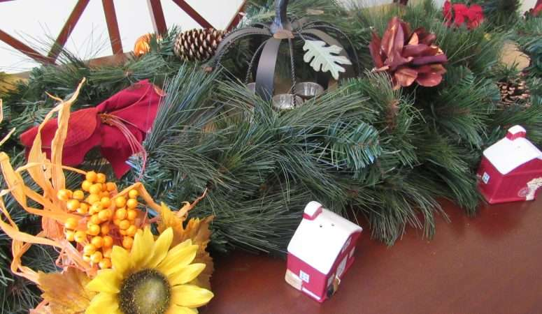 Easy Fall to Winter Tablescape