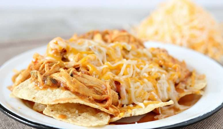 Crockpot Taco Chicken Nachos