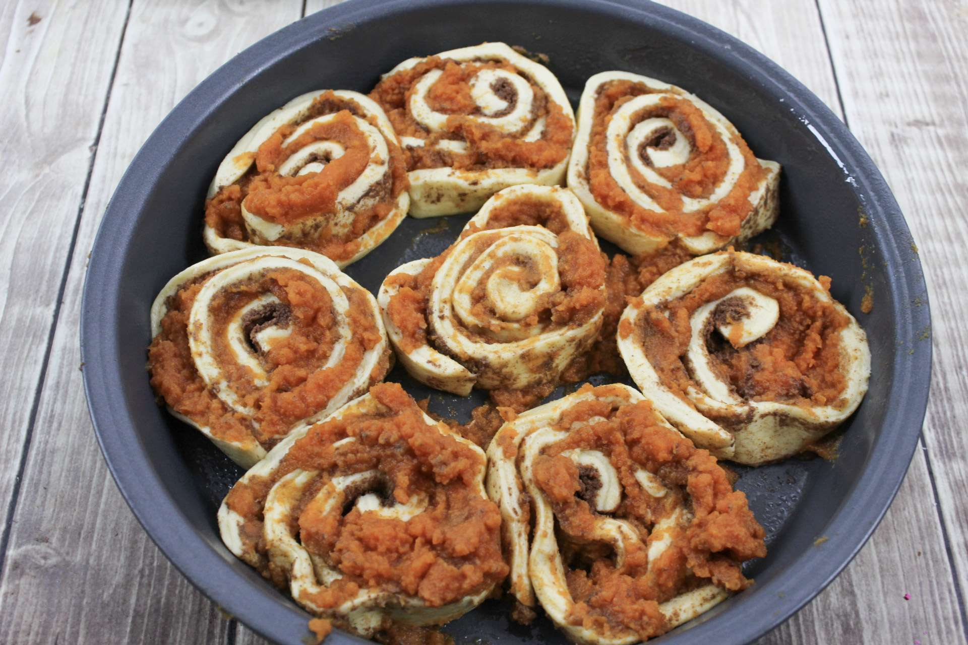 Easy Pumpkin Pecan Cinnamon Rolls