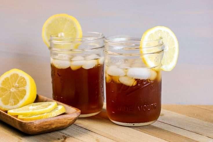 McDonald's Copycat Sweet Tea in a Mason Jar with lemon Slice