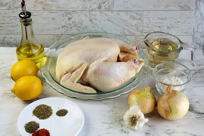 Ingredients required to make slow cooker engagement chicken recipe
